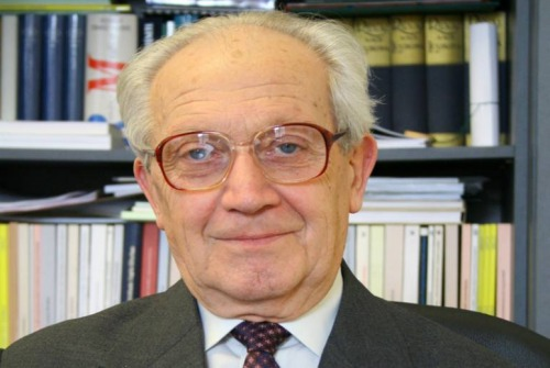 Elhunyt Szilágyi Pál matematikus