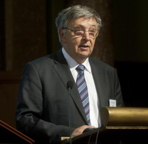 Lovász László elnöki beszámolója az MTA honlapján