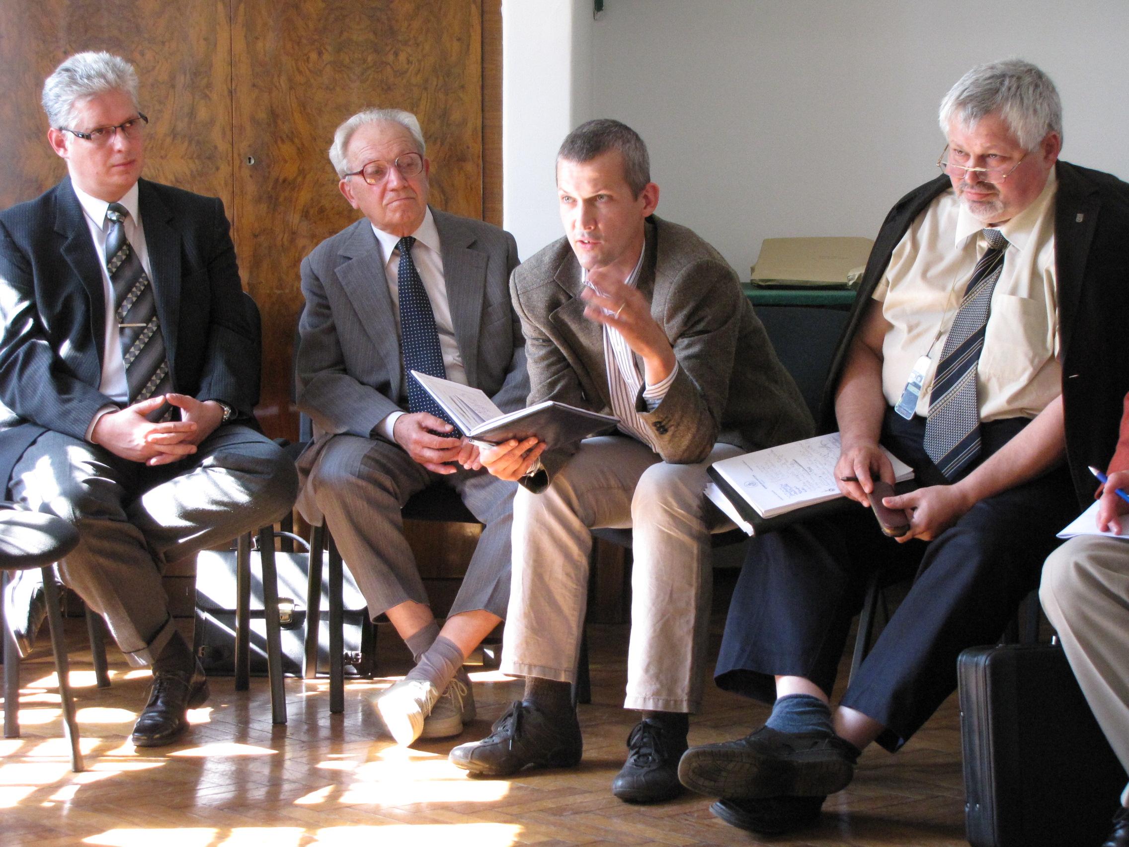 Egyetemi vezetők értekezlete a KAB-nál
